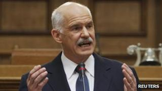 Prime Minister George Papandreou delivers a speech to the Greek Socialist party (31 Oct 2011)