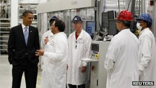 US President Barack Obama with employees of Solyndra