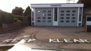 Keep Klear road markings