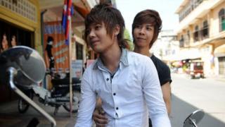 Bora (front) and Jeng (rear)