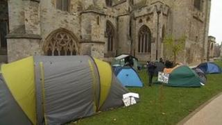 Protesters on Cathedral Green