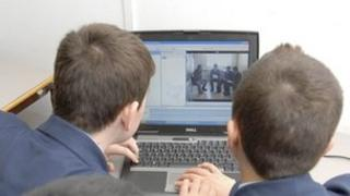 School children, 2007