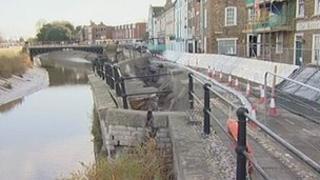 Bridgwater temporary flood defences, West Quay