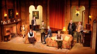 Current cast of The Mousetrap
