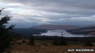 Carron Valley Reservoir. Copyright Alec MacKinnon and licensed for reuse under Creative Commons Licence