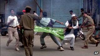 Protests in Indian-administered Kashmir in 1999