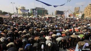 Prayers in Tahrir Square, Cairo (2 December 2011)