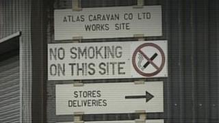 Atlas caravan sign