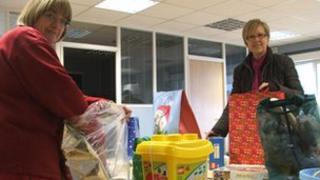 Families in Need volunteers