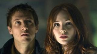 Rory Williams (ARTHUR DARVILL) and Amy Pond (KAREN GILLAN)
