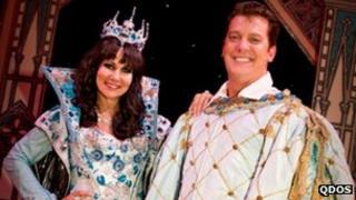 Snow White pantomime production in Wolverhampton
