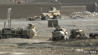 Isaf soldiers in Ghazni, Afghanistan (21 Dec 2011)