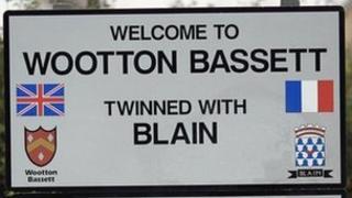 Wootton Bassett roadside sign