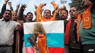 Anti-Russian protest by Shiv Sena Hindus in Amritsar, 26 Dec 11
