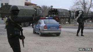 Security forces in Zhanaozen (17 December)