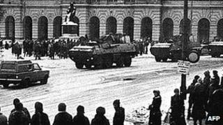 Martial law scene in Warsaw, 15 Dec 81