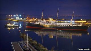 Britannia coming into dock. Photo by Tony Marsh