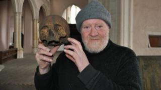 Stuart Calow with skull