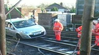 Car removed from rail track at Brockenhurst