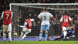 Robin Van Persie's penalty sealed it for the gunners
