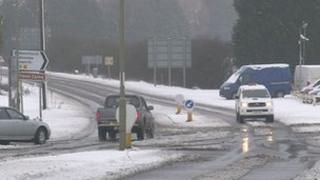Snowy roads in Oxfordshire on Sunday 5 February