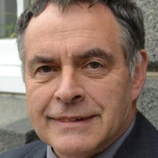 Deputy Peter Sirett