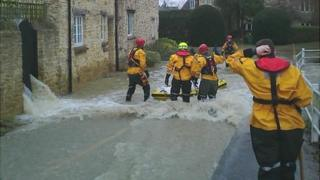 Flooding after burst water main in Oxford