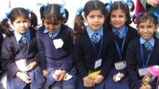 Delhi school children at launch of deworming programme.