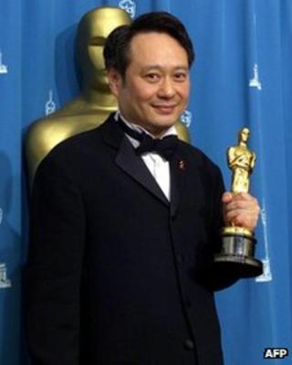 Ang Lee at the 2001 Oscars