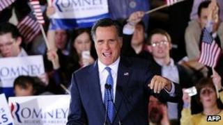 Mitt Romney addresses supporters in Boston, Massaschusetts (6 March 2012)