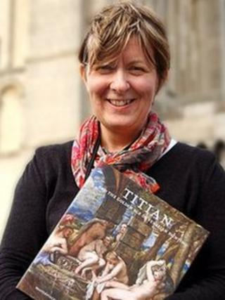 Heather Guthrie outside Norwich Castle Museum and Art Gallery