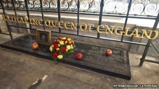 Katharine of Aragon's tomb, Peterborough Cathedral 2012