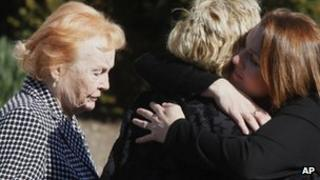 Rosemarie Colvin (l) arrives for the funeral service for her daughter, journalist Marie Colvin