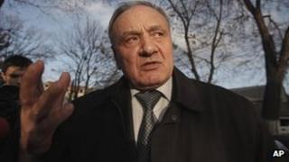 Nicolae Timofti speaking to reporters in Chisinau, 13 March
