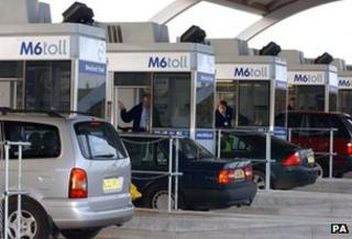 Cars at the motorway toll on the M6 in Staffordshire