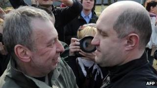 Andrei Sannikov (left) and Dmitry Bondarenko back in Minsk after release, 15 Apr 12