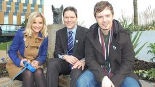 Blue Peter presenters Helen Skelton and Barney Harwood with the show's editor Tim Levell