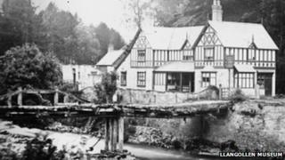 The chain bridge and inn c1870