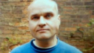 Simon Leivers