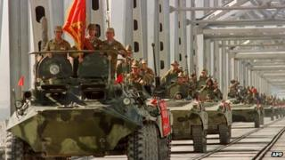 Soviet troops withdraw from Afghanistan in 1988