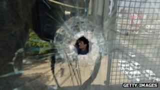 2007 attack by unknown gunmen on Aaj TV