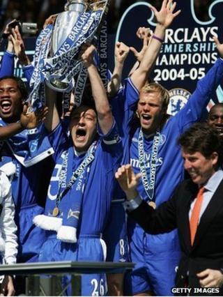 Bob Diamond with 2005 Premiership champions Chelsea