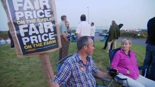 Protesters at Dairy Crest in Foston