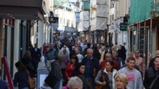 Shoppers in King Street