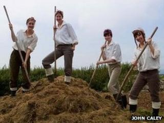 Land girls in the Isle of Man