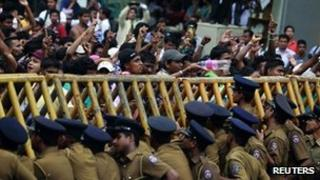 Students shout slogans at the Sri Jayawardenepura University in Colombo, 5 January 2012