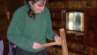 Bone found in Charles II cabinet