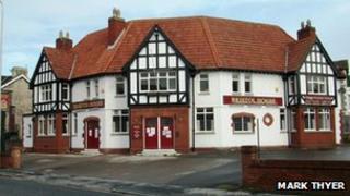 Bristol House Inn, Weston