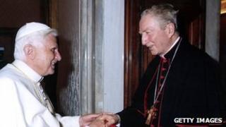 Cardinal Martini (r) meeting Pope Benedict in 2005