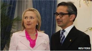 US Secretary of State Hillary Clinton and Indonesian Foreign Minister Marty Natalegawa in Jakarta (3 Sept 2012)